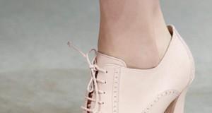 Универсальная обувь ботильоны сочетается с любой одеждой