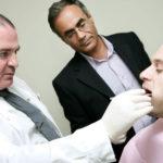 Самые современные методы лечения и протезирования зубов в Израиле