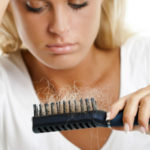 Что делать при выпадении волос