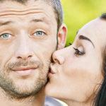 Как научиться правильно целовать мужчину