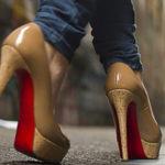 Секреты правильной ходьбы на каблуках