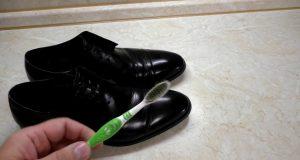 Ухаживаем за лакированной обувью в домашних условиях